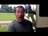 Put_that_cookie_down!Arnold_Schwarzenegger4
