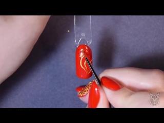 Новогодний дизайн ногтей: Золотой петушок