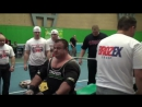 Владимир Максимов жмет 370 кг в однослойной экипировке