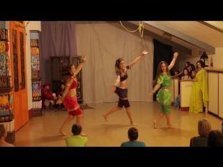 г.Кемерово. Дом-йоги Мудра. 1ый фестиваль индийского танцаТысяча и одна ночь.Chikni Chameli (25.12.16)