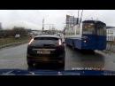 В Иванове водитель троллейбуса в погоне за пассажирами устроил змейку и пролете...