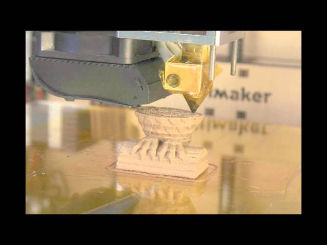 3D printing wood with varying temperature (owl timelapse) - Ultimaker