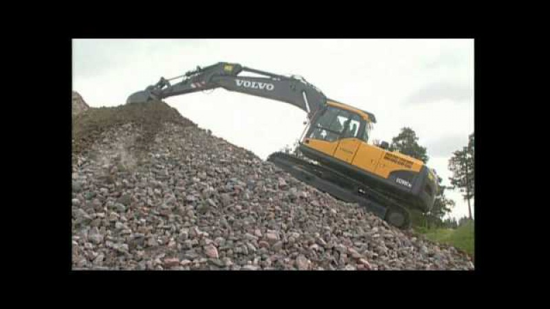 How to work on slopes with a Volvo Crawler Excavator (Part 9 of 15)