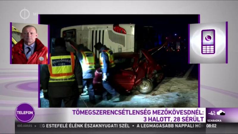 Halálos buszbaleset az M3-ason