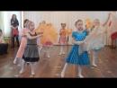 8 марта 2017 г. Подготовительная группа моей дочки в детском саду.. Танец под очень красивую песню о маме...