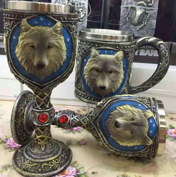 Кубок настоящего победителя  https://ru.aliexpress.com/store/product/2016-New-Pesonality-Resin-Stainless-Steel-3D-Coffee-Cup-Mug-Wolf-Head-Wine-Goblet-Drinking-Cup/821380_32724245628.html?detailNewVersion=&categoryId=100003290