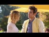 Виолетта (Сезон 3 Эпизод 1)Леон поздравляет песней  Виолетту.