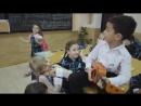 мило ) мальчик признается девочке в любви, а она вся такая )))))вобщем смотрите сами 😁