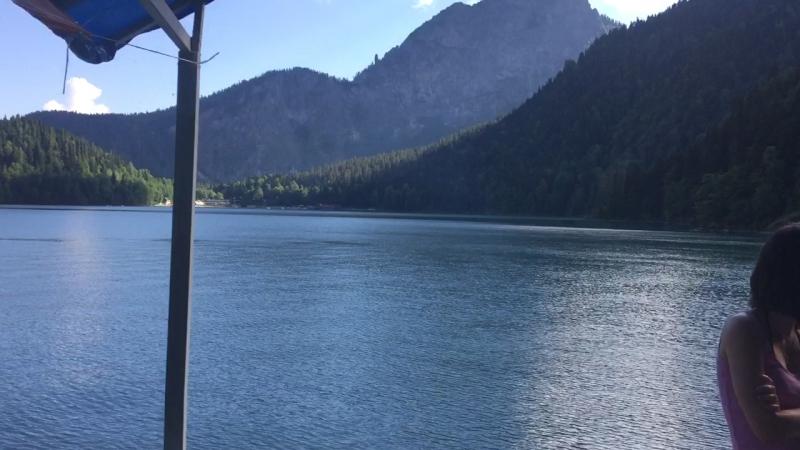 Абхазия. Горное озеро Рицца