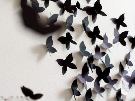 Ты можешь украсить интерьер объёмными бабочками.   1. Берем плотную цветную бумагу.  2. Складываем её пополам. П�...