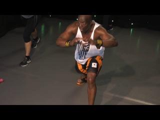 Billy Blanks - Tae Bo 30 minute Extreme workout | Билли Блэнкс - Кардио-тренировка тай-бо с гантелями