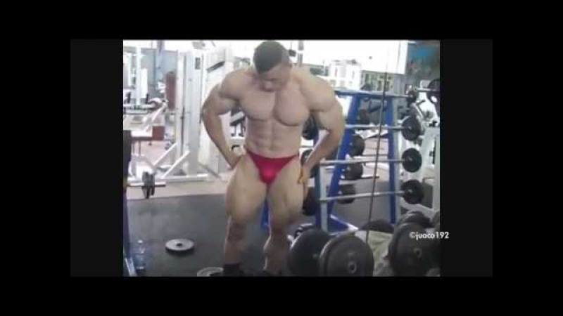 Bodybuilder Osama posing/ Bodybuilding HD
