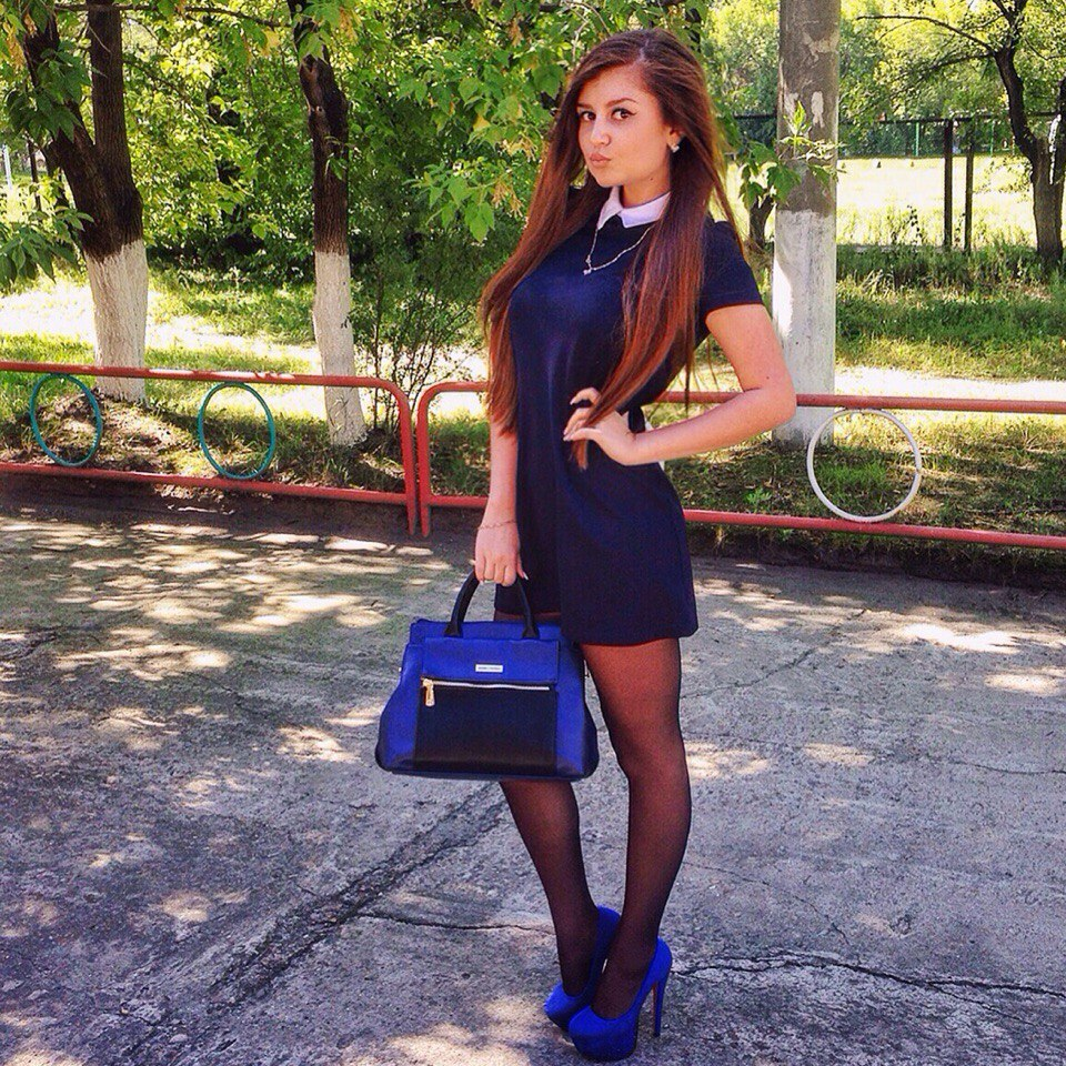Big prick pulverizes bare schoolgirl hard