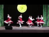 Народный ансамбль песни и танца Русские узоры  танец