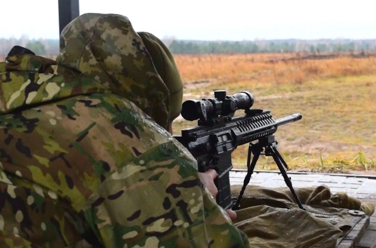 Каратели ВСУ засветили в Сети новейшие винтовки
