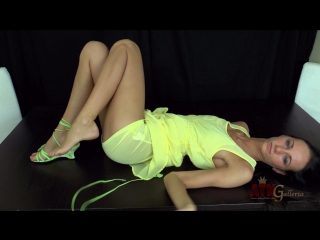 Atkgalleria_[solo]_eveline_neill_skinny_fit_and_super_hot_eveline_neill_masturbates_1080