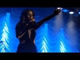 Pastora Soler cantando