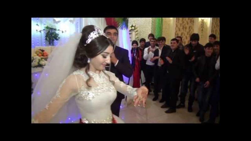 Лезгинка Танец нового поколения 2017 Невеста не реально красиво танцует