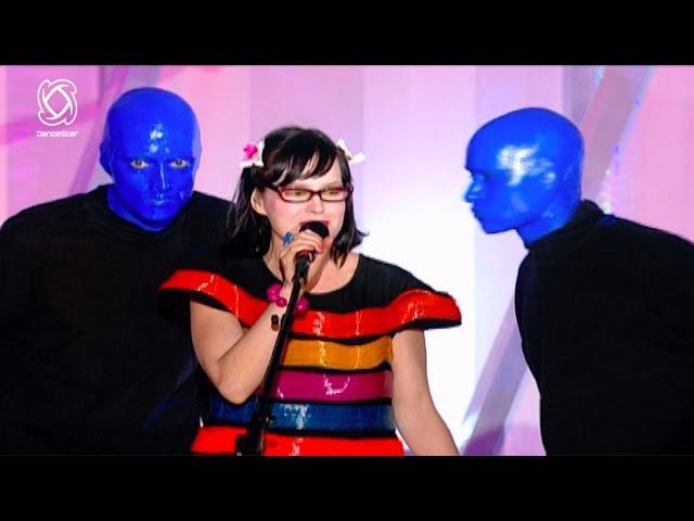 BLUE MAN GROUP Ft. Venus Hum 'I Feel Love'