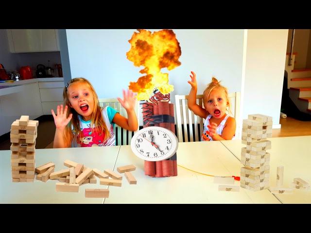 ОСТОРОЖНО !! ВЗРЫВ ЧЕЛЛЕНДЖ ! Дженга БУМ Алиса и Николь Строят и Взрывают башню Challenge Jenga Boom