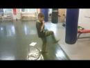 3.9. Прямой удар правой/левой ногой в нижний уровень демонстрация на боксерской груше
