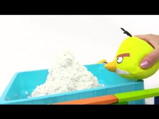 Развивающий мультик про Экскаватор, злых птичек Angry Birds и хрюшку - игра для детей