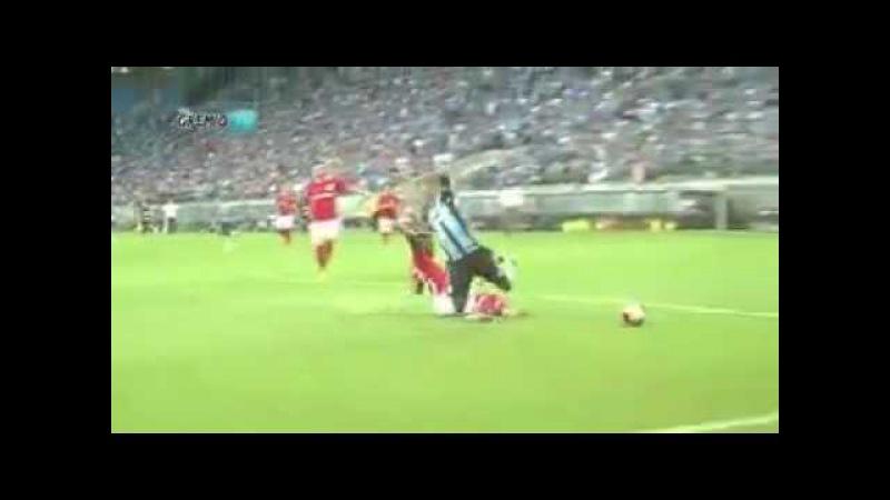 Grêmio pênalti não dado em Miller Bolaños | Gremio x Inter 04/03/2017 Gre-Nal 412