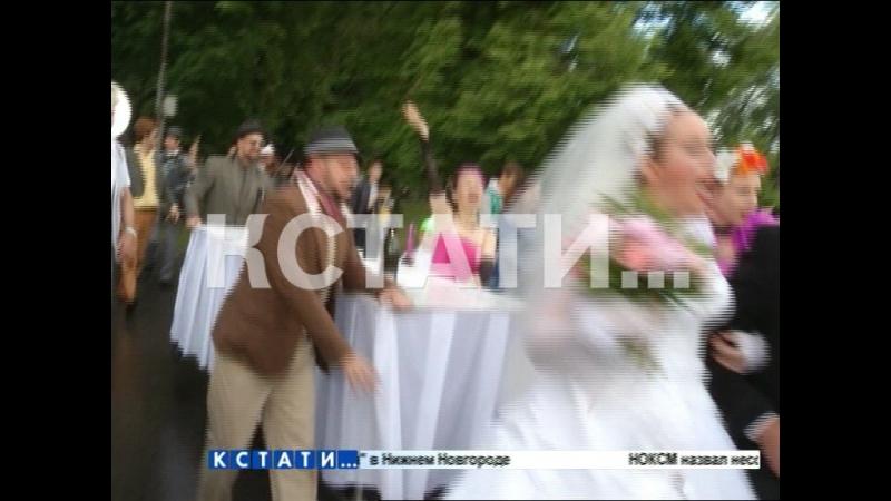 Итальянские страсти по-нижегородски - Выкса стала местом для большой и громкой итальянской свадьбы.