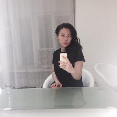 Ника Тян