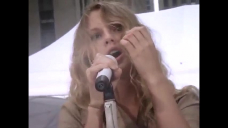 Taylor Swift - Love Story (Live at Soundcheck for Today Show 2009)