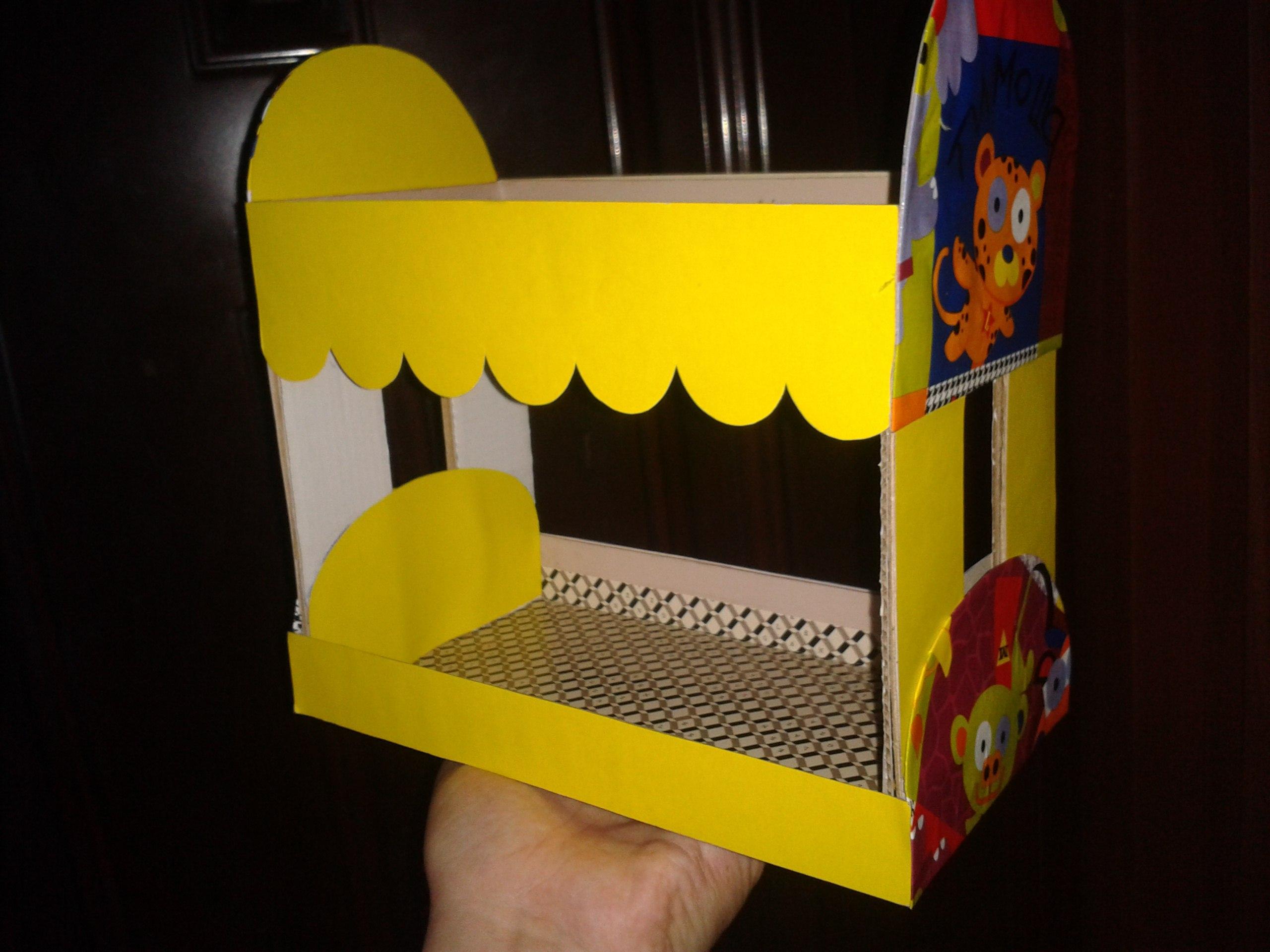 Мебель для детской комнаты в кукольные апартаменты..
