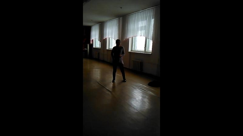 Инга танцует 😍😂