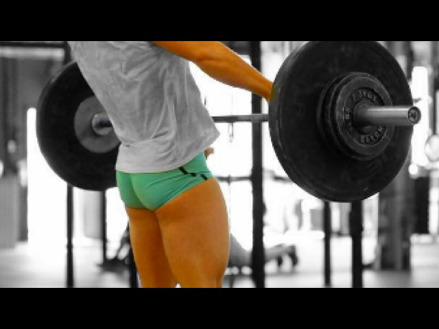 YES, I AM GIRL. AND, I LIFT WEIGHTS. FEMALE CROSSFIT WORKOUT MOTIVATION