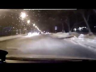 ДТП со скорой на пересечении улиц: Холодильная - Малыгина в Тюмени...