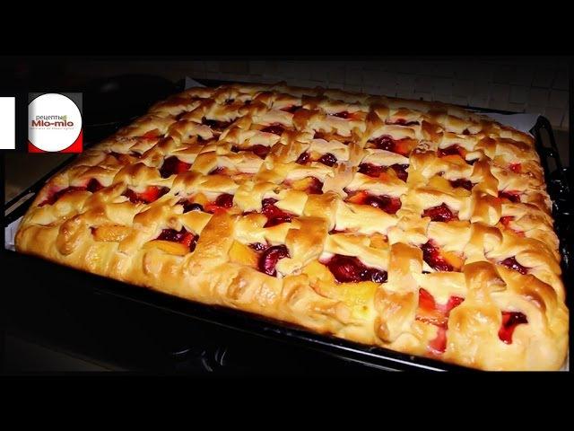 Пирог с абрикосами и вишней Вишнево-абрикосовый пирог Сдобная выпечка Пирог из детства