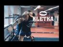 Тайский клинч (борьба в стойке в тайском боксе): скрутки, удары коленями и ногами