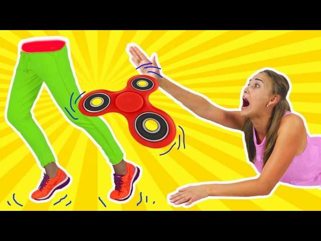 Bad baby giant fidget spinner split and crushes Mommy in half! Family fun toys for kids!