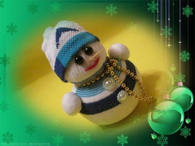 Снеговик из носка своими руками Snowman Новогодний декор и поделки 2019 Делаем с детьми