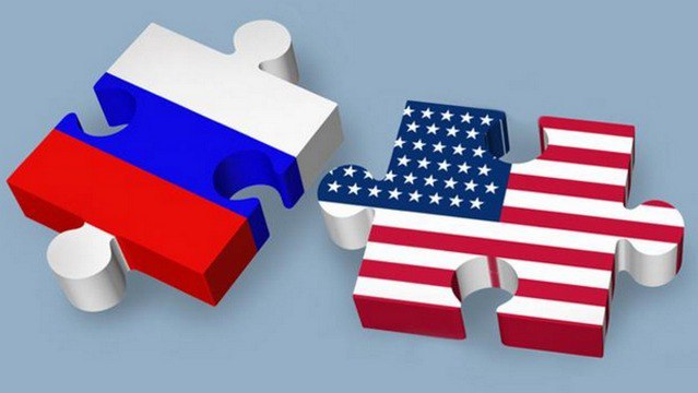 «Криминальную Россию» на экраны привносили. Как американцы создавали российское телевидение