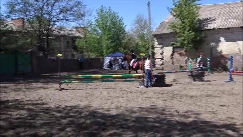 Суровикина Дарья на Хансаре 70см