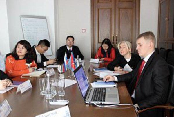 Растет интерес к сотрудничеству с российским бизнесом