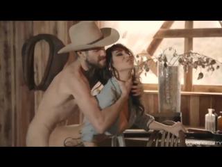 секс порно с большими сиськами игры