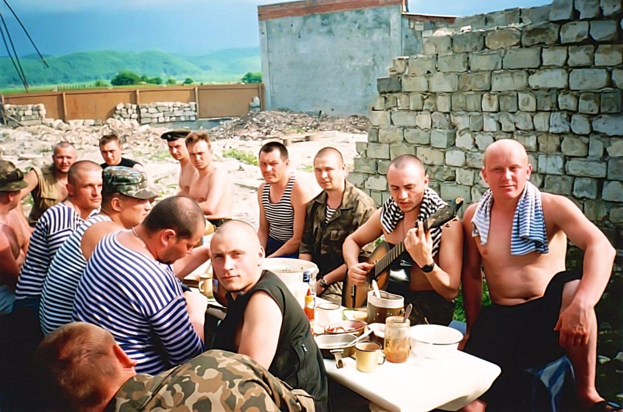 «Лягут все, но ни пяди земли не отдадут»: Виталий Леонов поражен боевым духом Донбасса