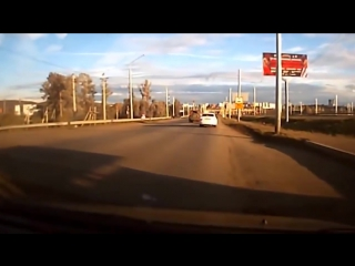 Ultimate RETARDET FUNNY DRIVERS, CRAZY FUNNY Fails And Sounds January 2017