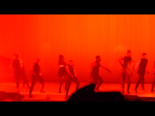 HD Ariana Grande - EVERYDAY ft Future [PARIS] Dangerous Woman Tour - June 2017