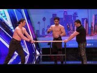 Азербайджанские братья показывали страшные трюки на американском шоу талантов