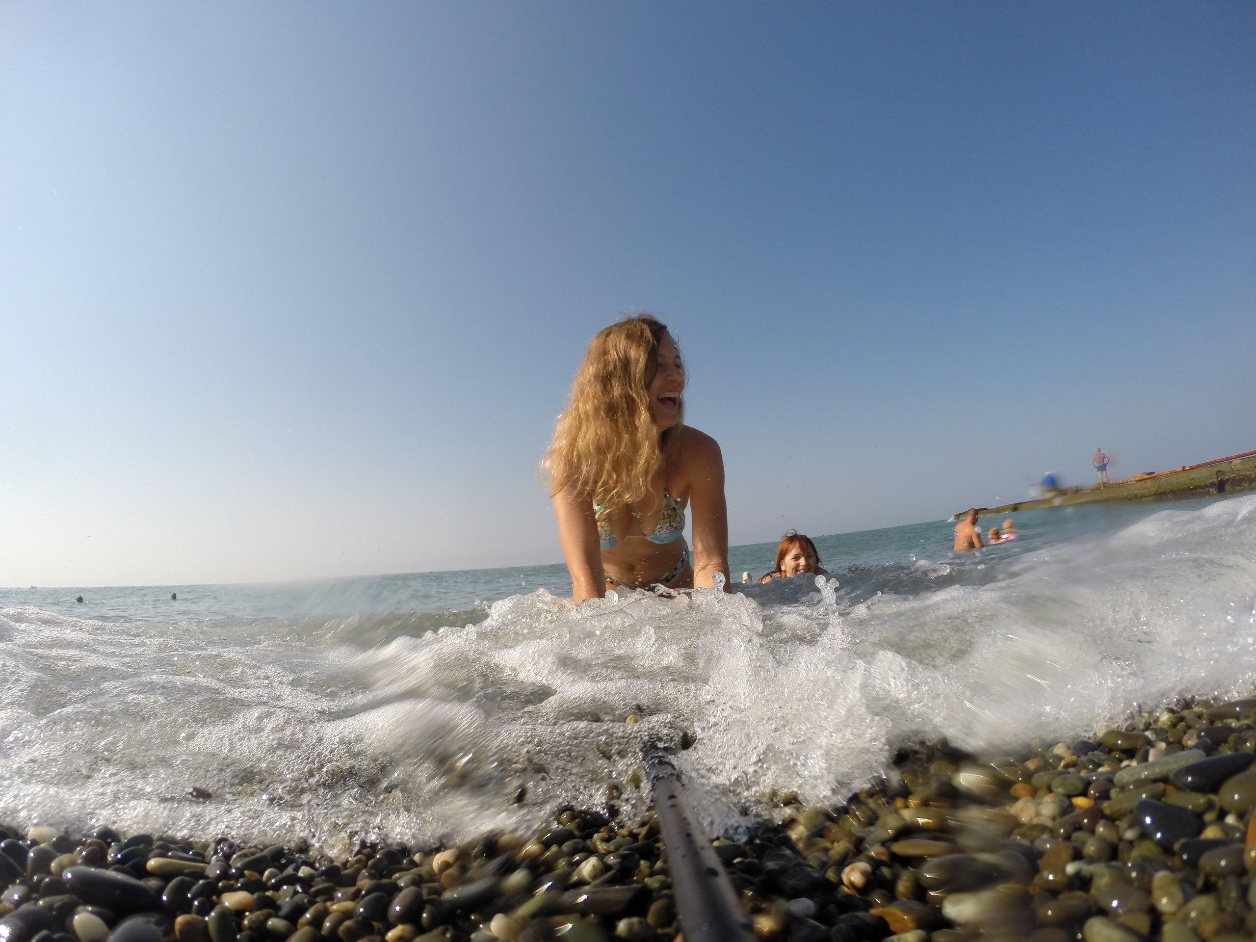 Рассказ она всегда так уходила с пляжа без трусов под юбкой фото 149-915