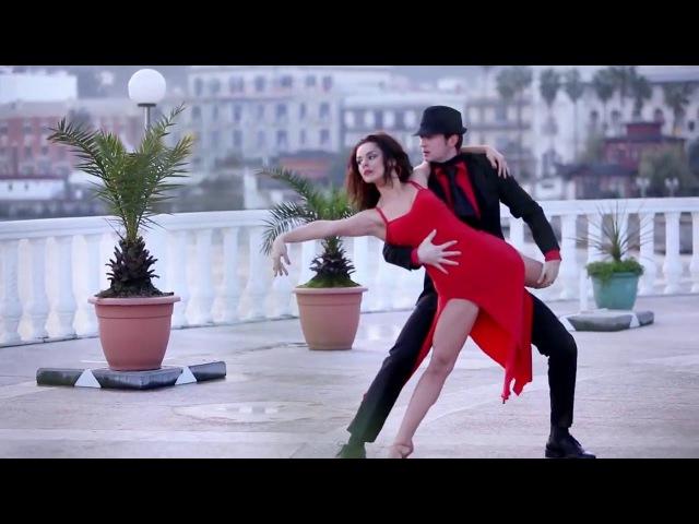 Enrico Macias - Tango, L'amour C'est Pour Rien