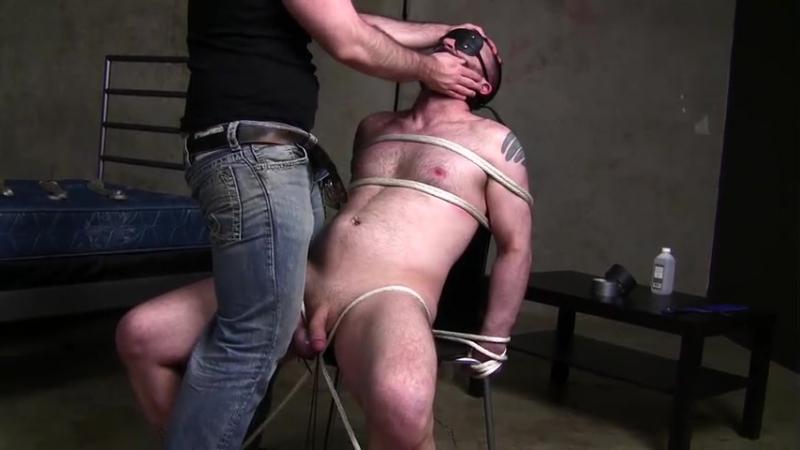 Free big wet asses video