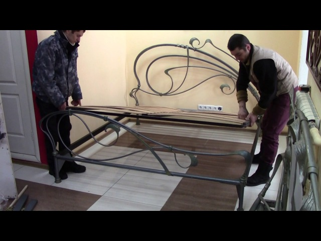 Кованые кровати: виды оснований. Ковані ліжка: види основ. Wrought iron beds: types of bases.